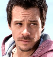 Michael Raymond-James's picture