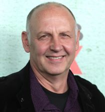 Nick Searcy's picture