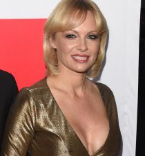 Pamela Anderson's picture
