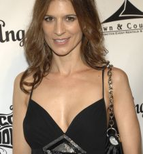 Perrey Reeves's picture