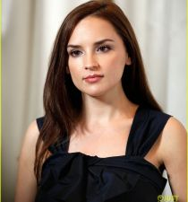 Rachael Leigh Cook's picture