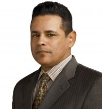 Raymond Cruz's picture