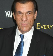 Robert Davi's picture