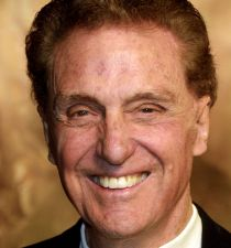 Robert Stack's picture