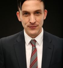 Robin Lord Taylor's picture