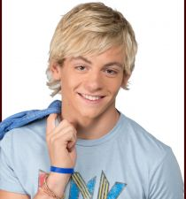 Ross Lynch's picture