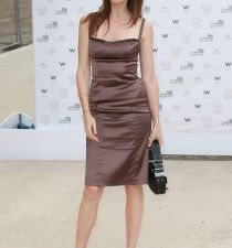 Saffron Burrows's picture