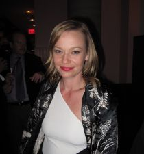 Samantha Mathis's picture