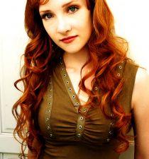 Scarlett Pomers's picture