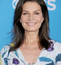Sela Ward's picture