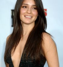 Shiri Appleby's picture