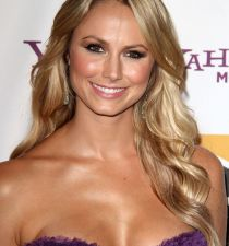 Stacy Keibler's picture