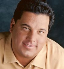 Steve Schirripa's picture