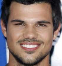 Taylor Lautner's picture