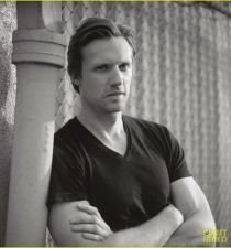 Teddy Sears's picture