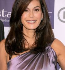 Teri Hatcher's picture
