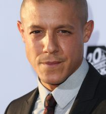 Theo Rossi's picture