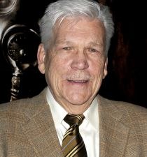 Tom Atkins (actor)'s picture