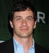 Tom Everett Scott's picture