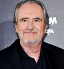 Wes Craven's picture