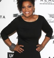 Yvette Nicole Brown's picture