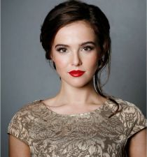 Zoey Deutch's picture